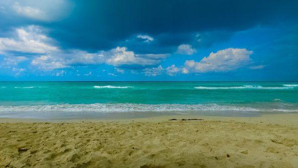 Cuba espera la temporada alta para el turismo