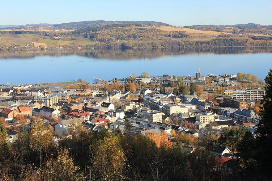 Conoce el lago Mjøsa , un lugar único para disfrutar en Noruega