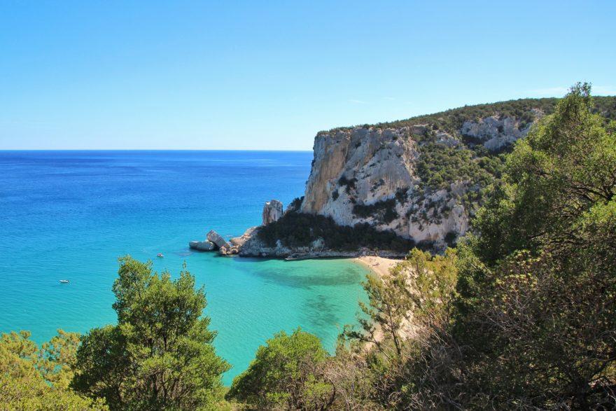 Descubre los mejores encantos de Cerdeña durante las próximas vacaciones