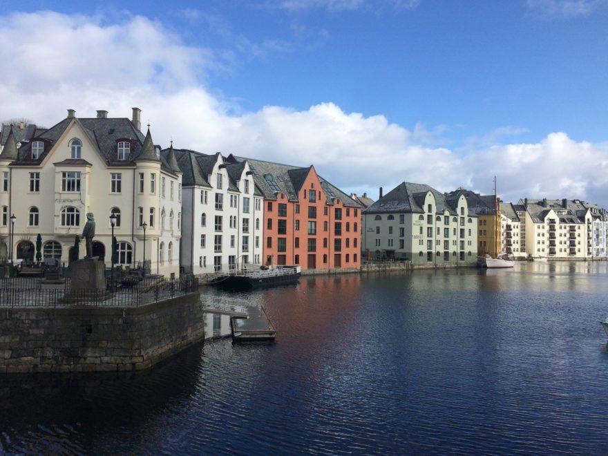 Conoce Alesund, una fascinante ciudad en Noruega