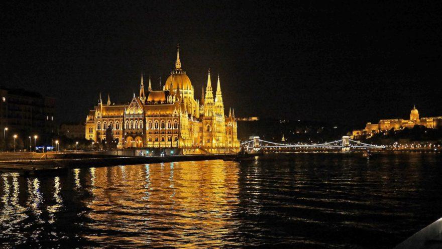 Budapest Noche Porconocer