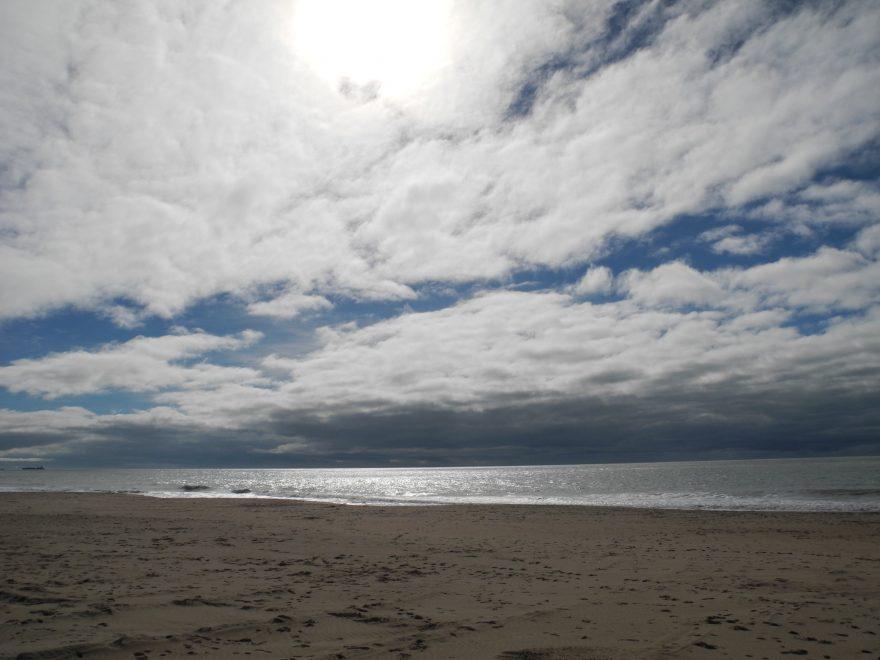 Las playas de Rota convierten a esta localidad en la que más banderas azules tiene de Andalucía