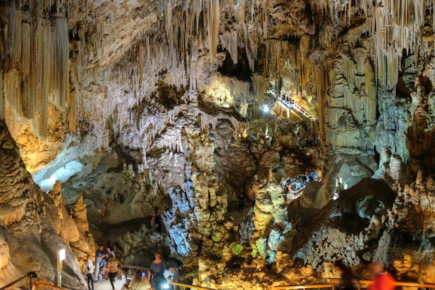 La Cueva de Nerja es un punto turístico más de la provincia de Málaga