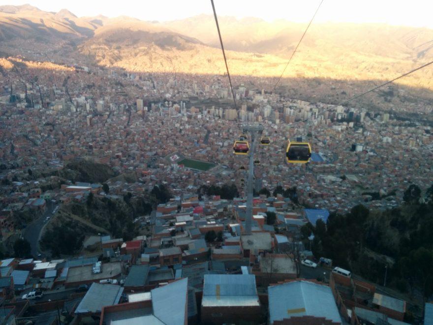 Vistas de La Paz, en Bolivia, desde el teleférico