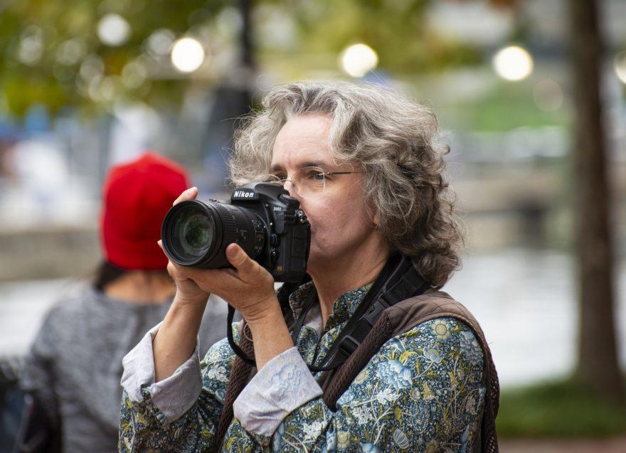 Mujer Fotografiando