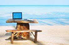 Workations, trabajar en un destino de vacaciones para poder disfrutar