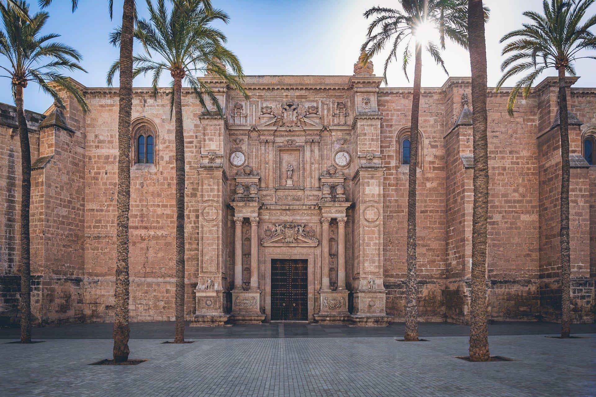 Catedral Almeria Vacaciones
