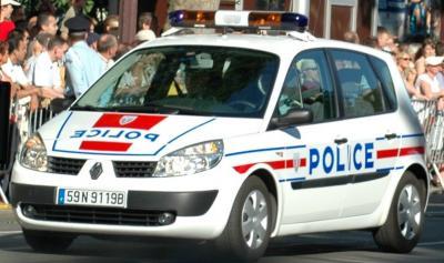 francia-policianacionalfrancesa.jpg