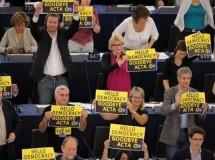 El Parlamento europeo rechaza el ACTA por mayoría