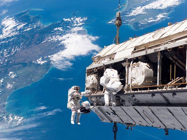 La estación espacial internacional migra a Linux