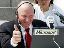 Steve Ballmer, CEO de Microsoft, tendrá que abandonar la compañía en un año