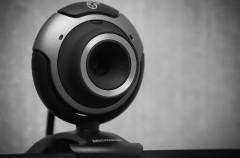 El FBI sigue recomendando tapar la webcam con cinta adhesiva