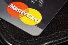Las próximas tarjetas de Mastercard tendrán un lector de huellas incorporado