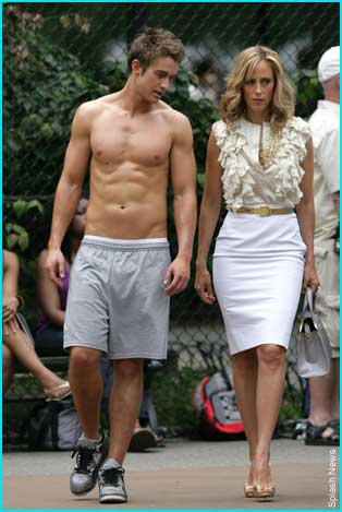 Robert Buckley y Kim Raver
