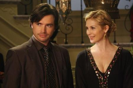Matthew Settle y Kelly Rutherford