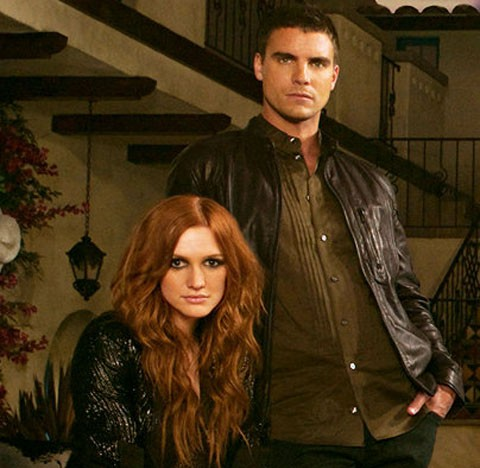Ashlee Simpson y Colin Eggsfield, Melrose place