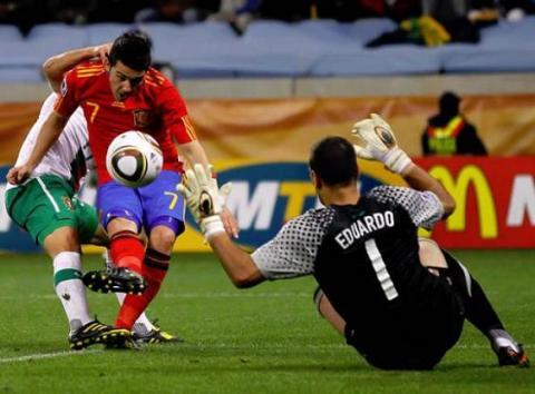 Villa marca ante Portugal