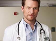 James Tupper se traslada del hospital Mercy al Seattle Grace