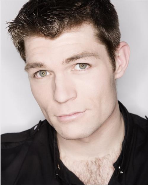 Liam McIntyre, elegido para protagonizar la segunda temporada de Spartacus: Blood and Sand