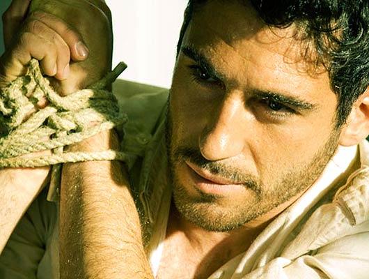 Migue Ángel Silvestre protagoniza Alakrana