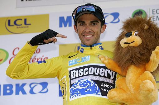 Alberto Contador comienza el Tour