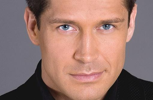 Jaime Cantizano sigue en Antena 3
