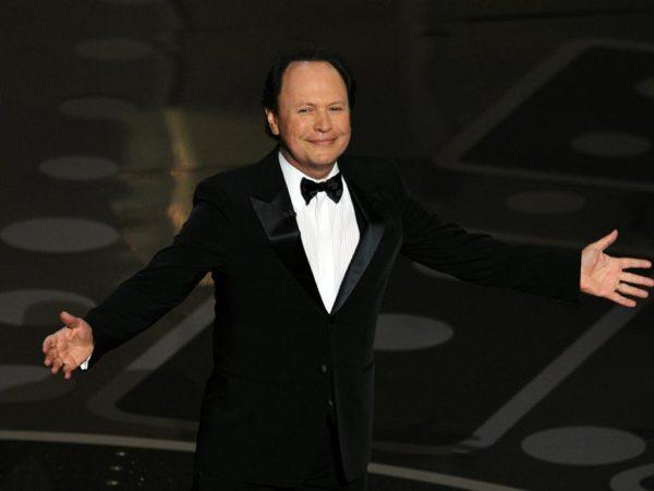Billy Crystal presentará los Oscar 2012