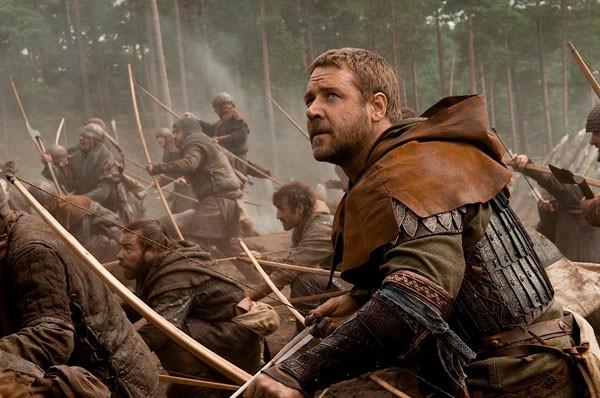 Robin Hood con Russell Crowe lidera la noche del domingo