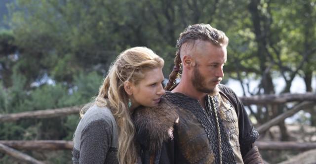 Vikingos debuta liderando la noche del martes