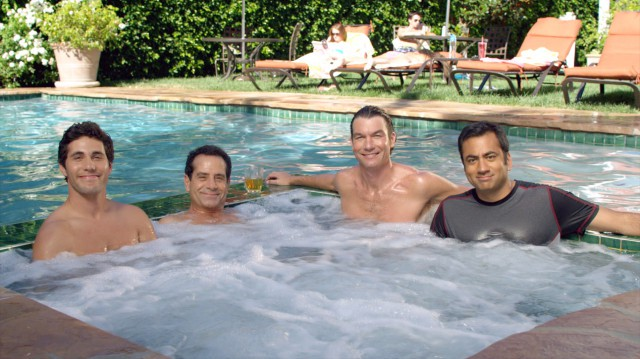 CBS cancela We are men y anuncia el regreso de Mike & Molly