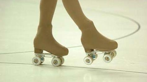 Más que baile se convierte en un concurso de patinaje con anónimos