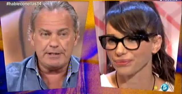Beatriz Montañez le da los 1.000 euros de su apuesta a Bertín Osborne