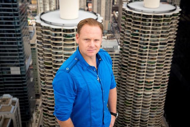 """Discovery MAX retransmite """"Nik Wallenda sobre el cielo de Chicago"""" este domingo"""