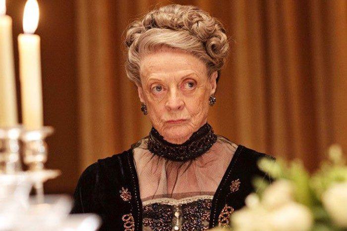 Maggie Smith podría decir adiós a Downton Abbey en su sexta temporada