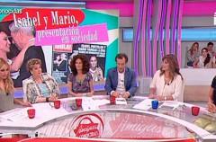 Beatriz Cortázar debuta como presentadora de Amigas y Conocidas
