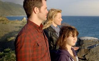 Pasaporte a la isla baja y es superado por el cine de Antena 3 y La 1