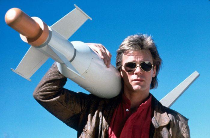 MacGyver podría regresar televisión en CBS