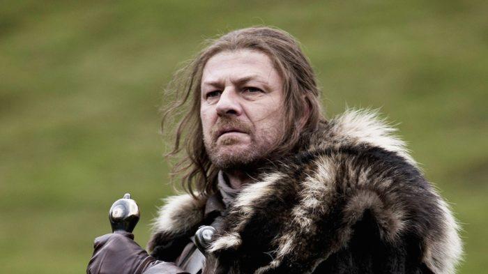Sean Bean (Ned Stark) habla sobre el destino de Jon Snow en Juego de tronos