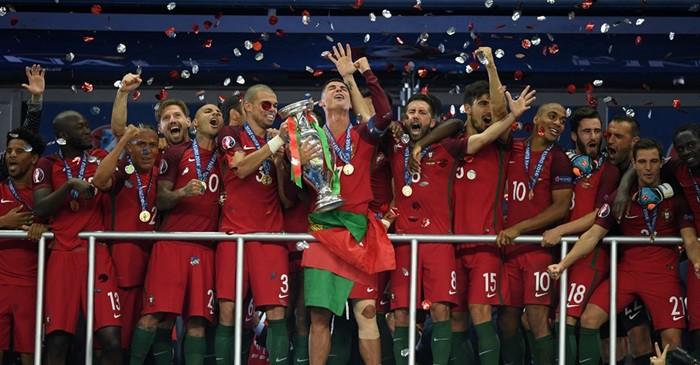 http://www.altaspulsaciones.com/eurocopa-2016-2.html