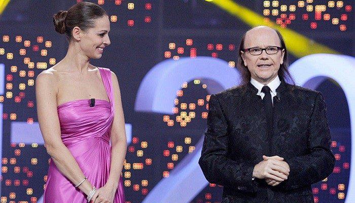 Santiago Segura y Eva González protagonistas en la Nochevieja