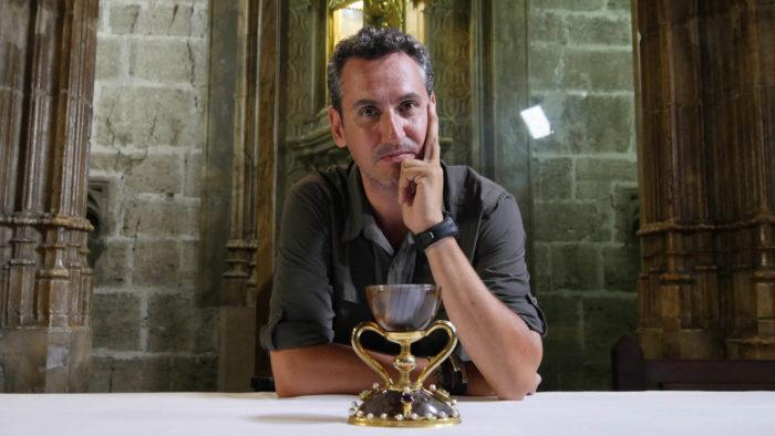 orenzo Fernández Bueno estrena Enigmas de nuestra historia el jueves en DMAX