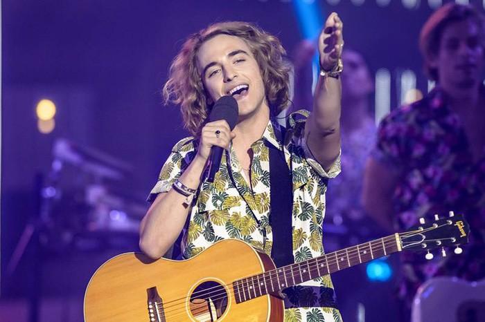 Manel Navarro pide disculpas y asegura estar muy ilusionado con su participación en Eurovisión 2017