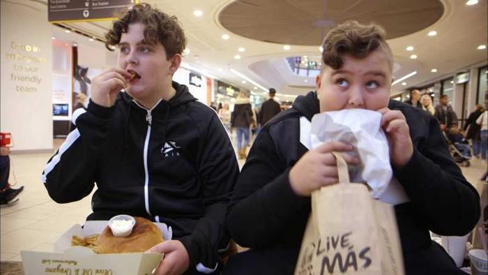 Peligro: niños obesos se emite esta noche en Documentos TV