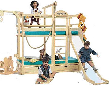 Una cama de aventura para la habitación de los niños