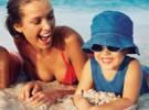 Los pediatras aconsejan proteger siempre a los niños del sol