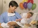 Papás que acompañan en el momento del parto
