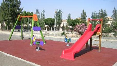El estado de los parques infantiles en espa a es lamentable - Construir parque infantil ...