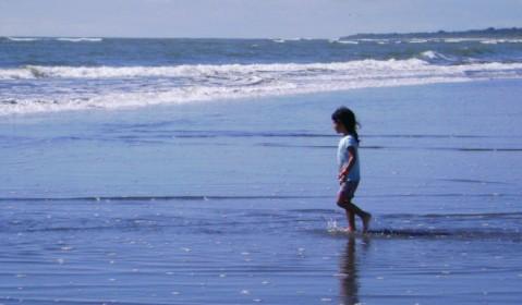 poema: mi niña se fue a la mar