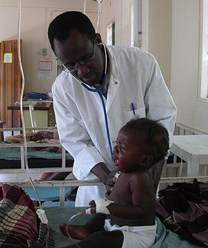 Una antigua medicina podría reducir los casos de malaria en bebés