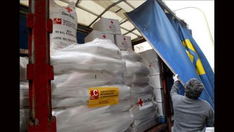 Cruz Roja reparte Kits de alimentación e higiene para 10.000 bebés